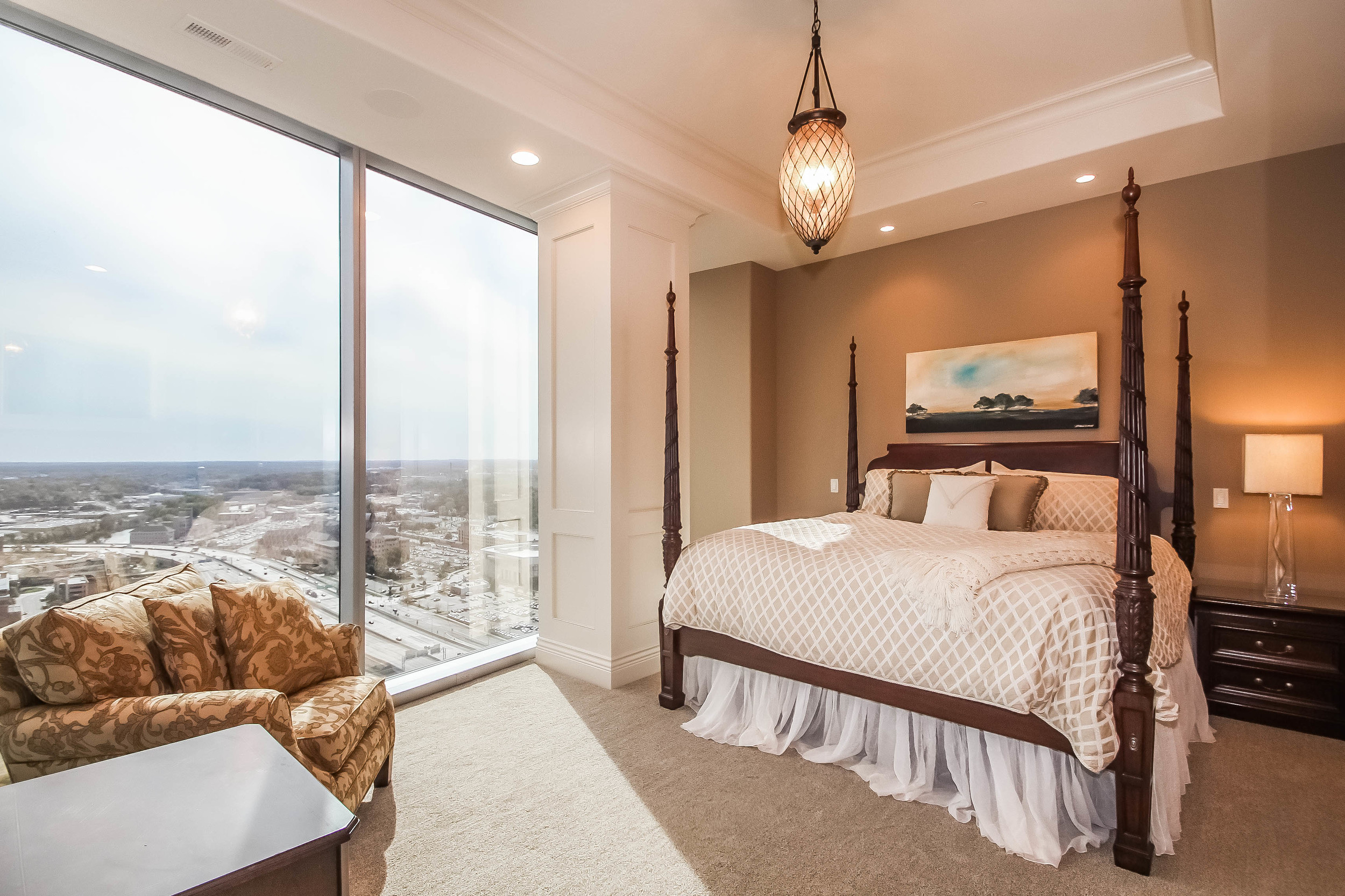master-bedroom-p470254.jpg