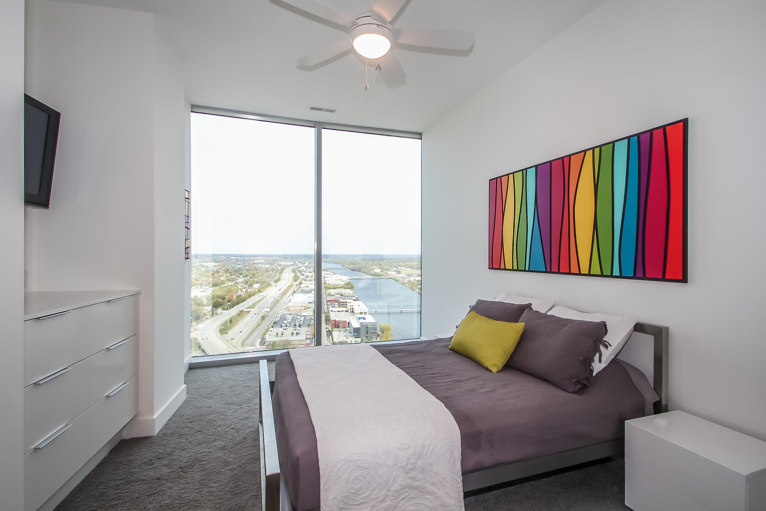 bedroom-p470385.jpg