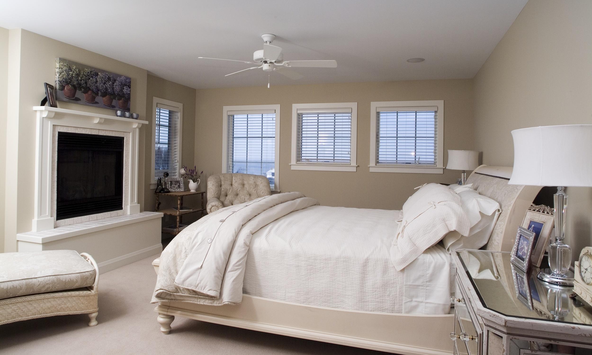 Bedroom1_1a.jpeg