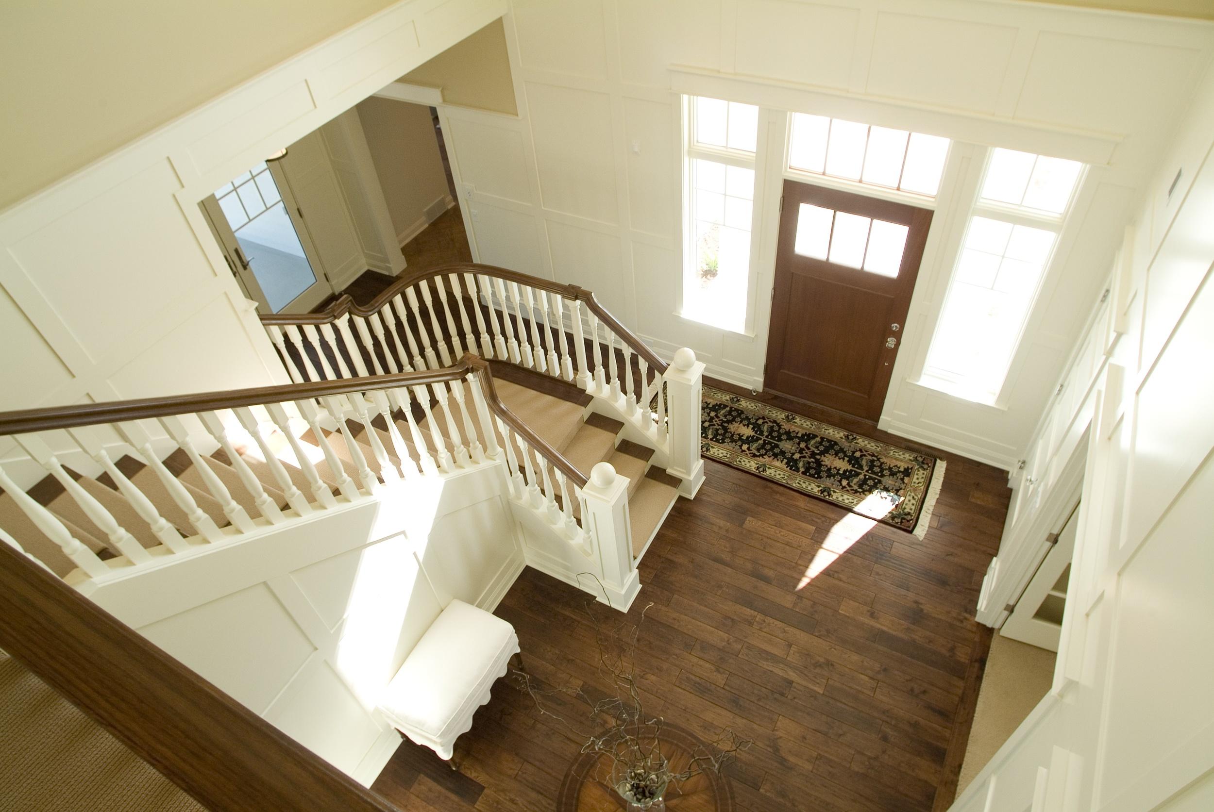 Hallway1_4.jpeg