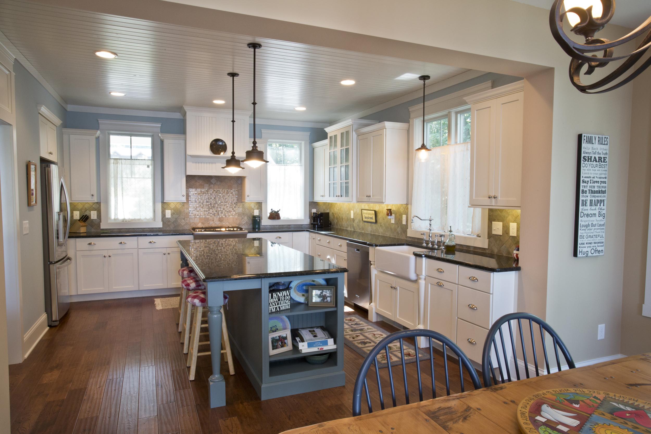 Kitchen_C93A4375-1.jpg