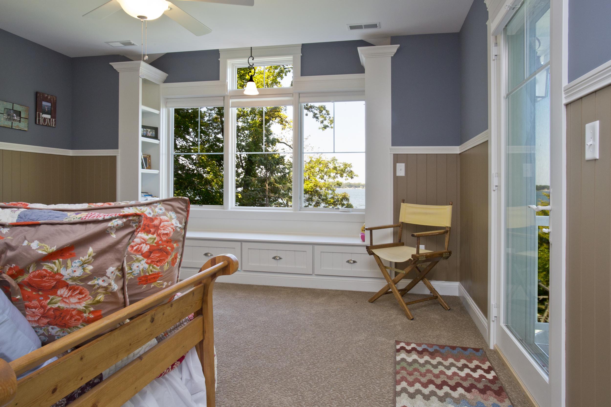 Master Bedroom_C93A4424-2.jpg