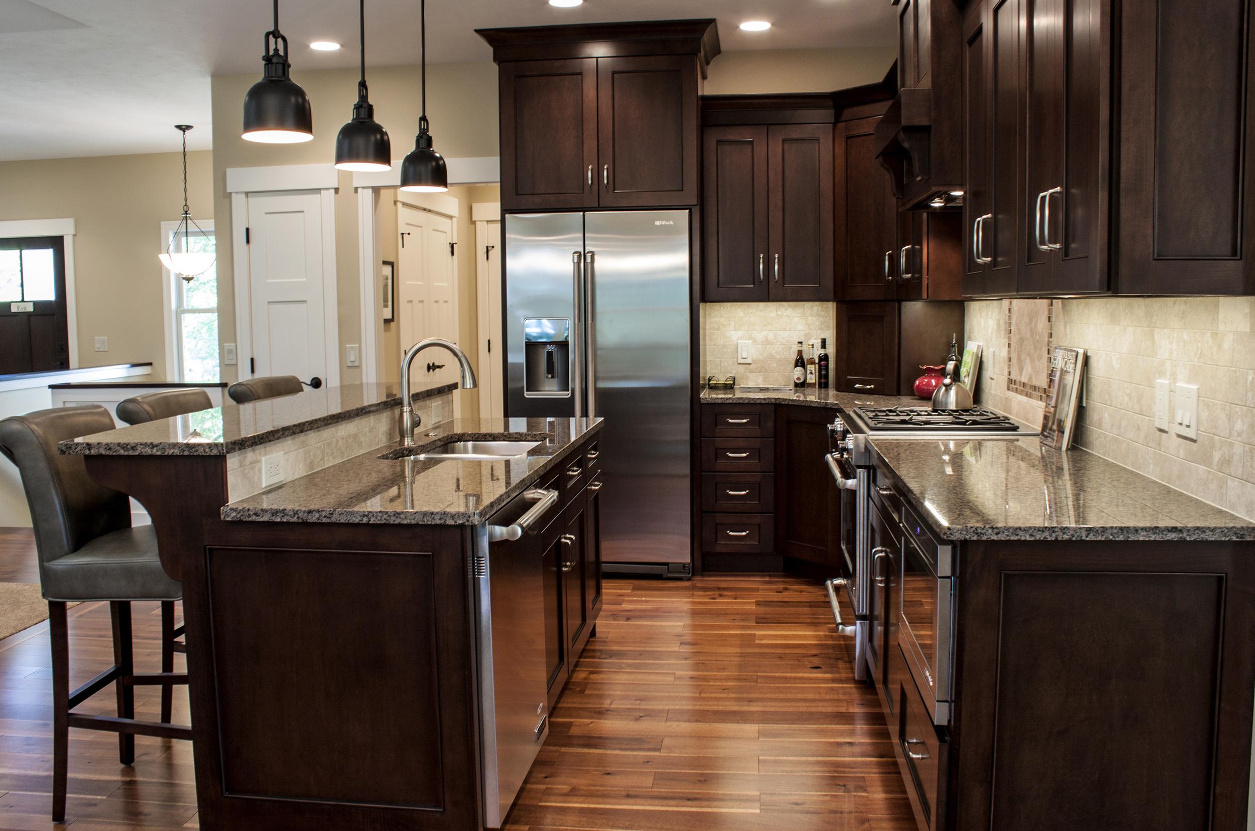 kitchen1-horiz.jpg