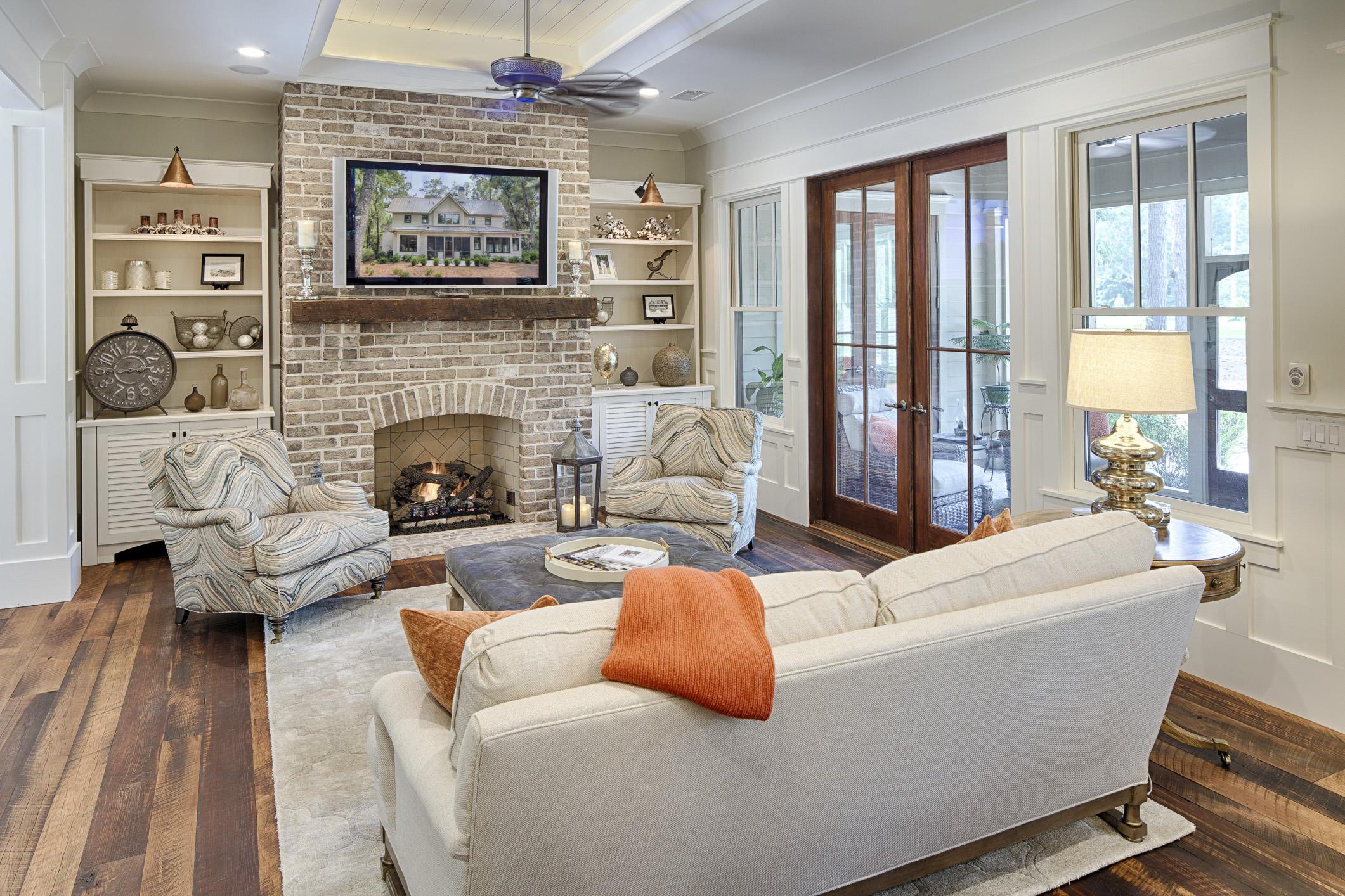 Eleanor Living Room
