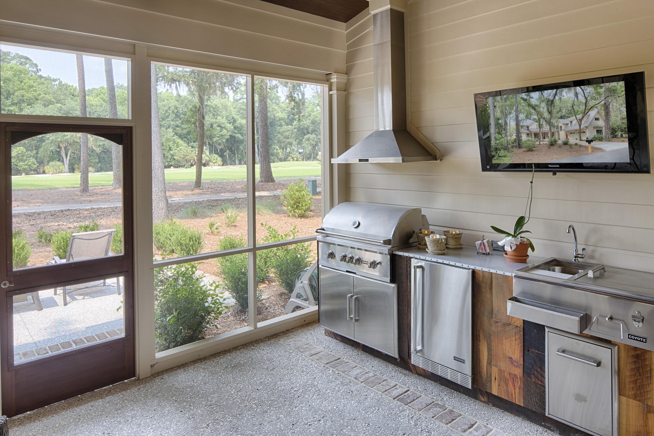 Eleanor Outdoor Kitchen