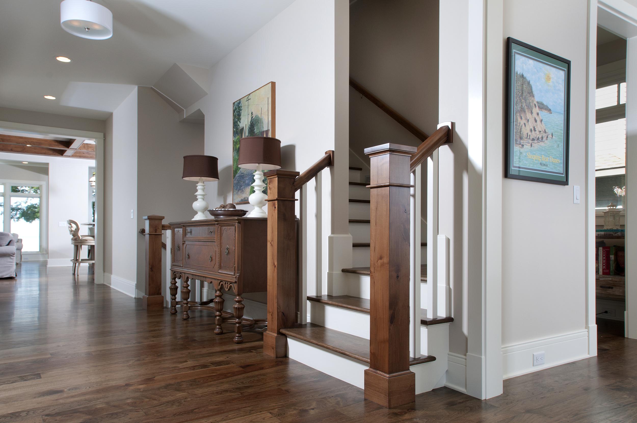 Hallway_DSC2933.jpg