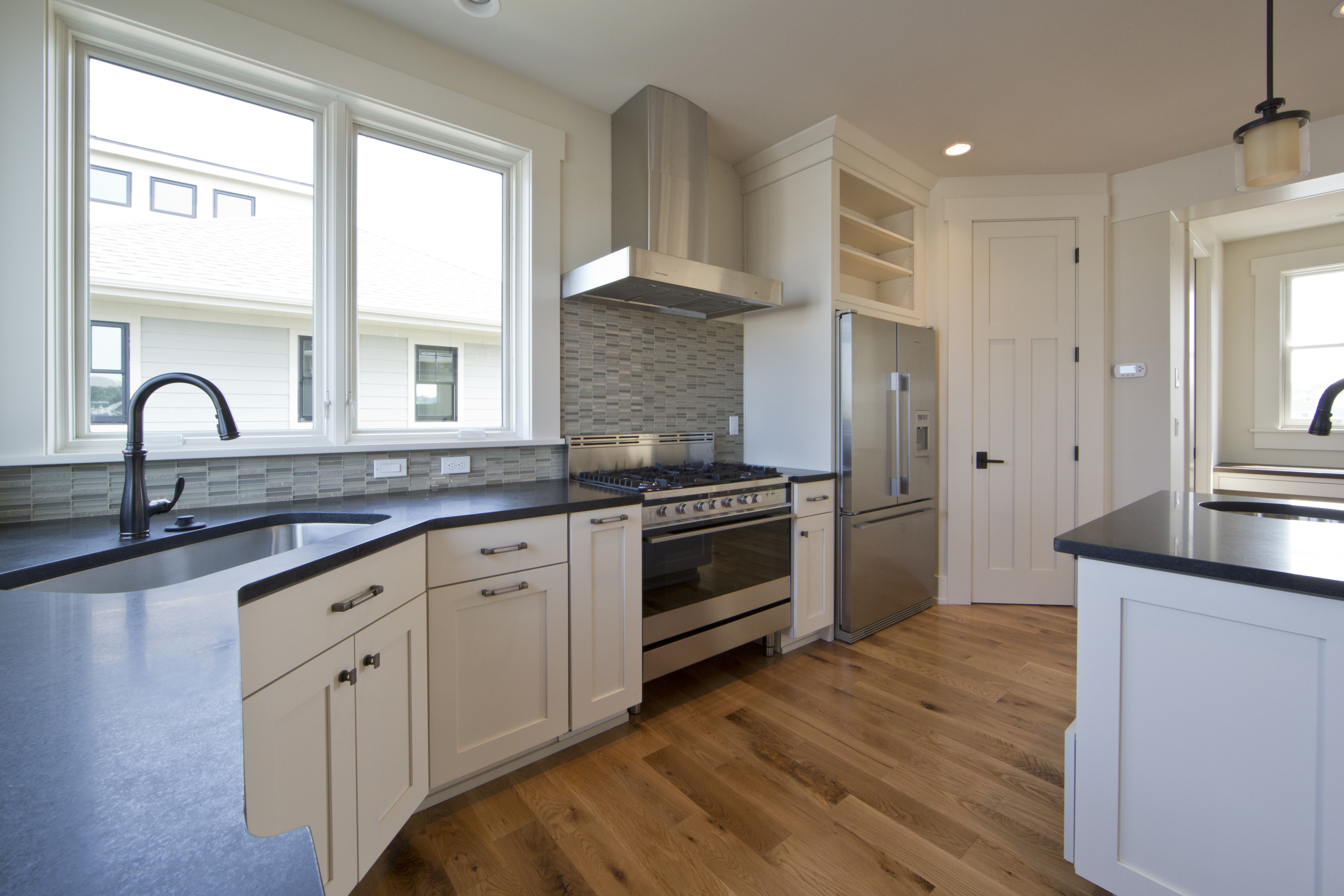 Kitchen_C93A4045-1.jpg