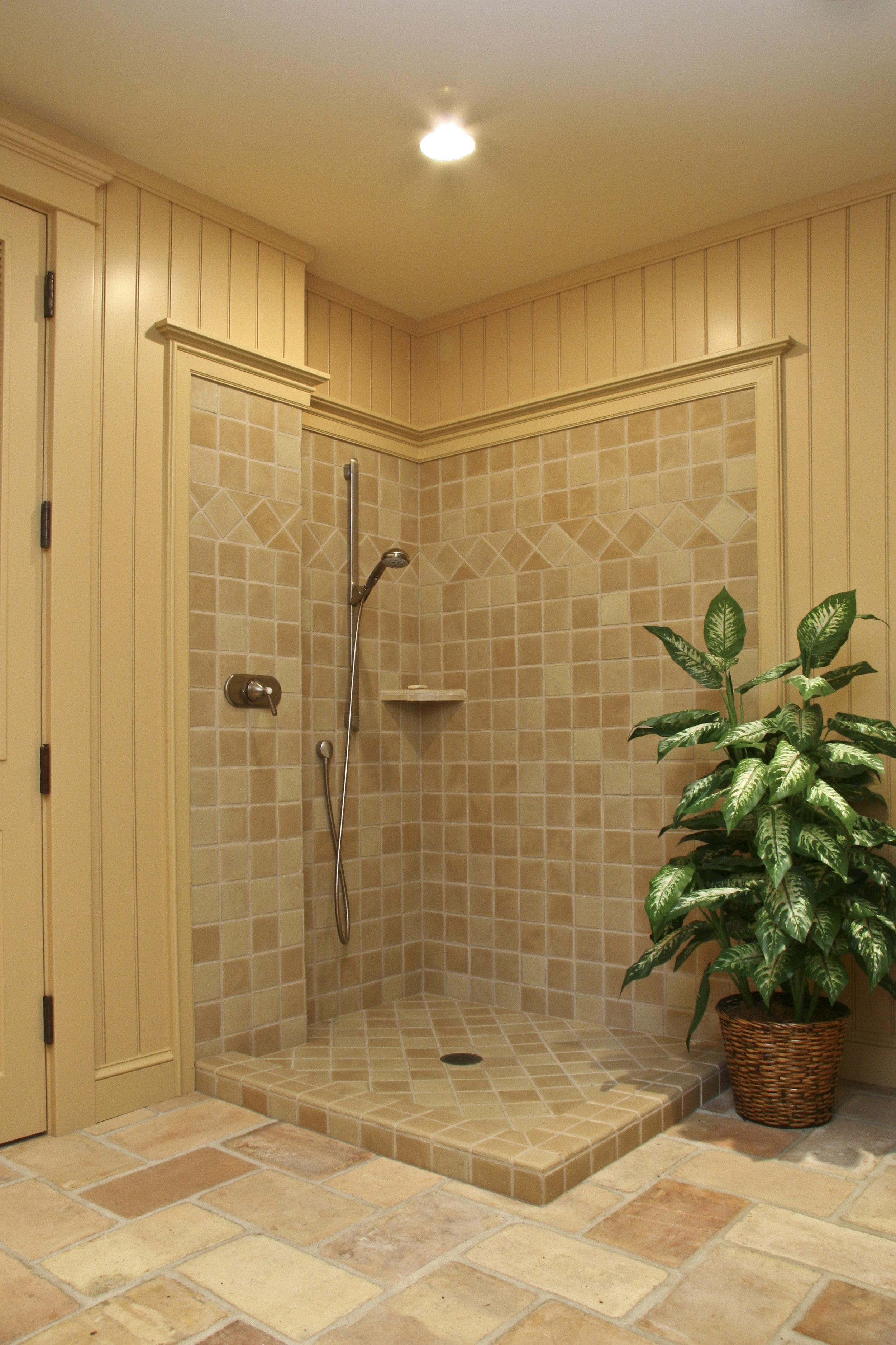 LL Pool Shower IMG_0026.jpg