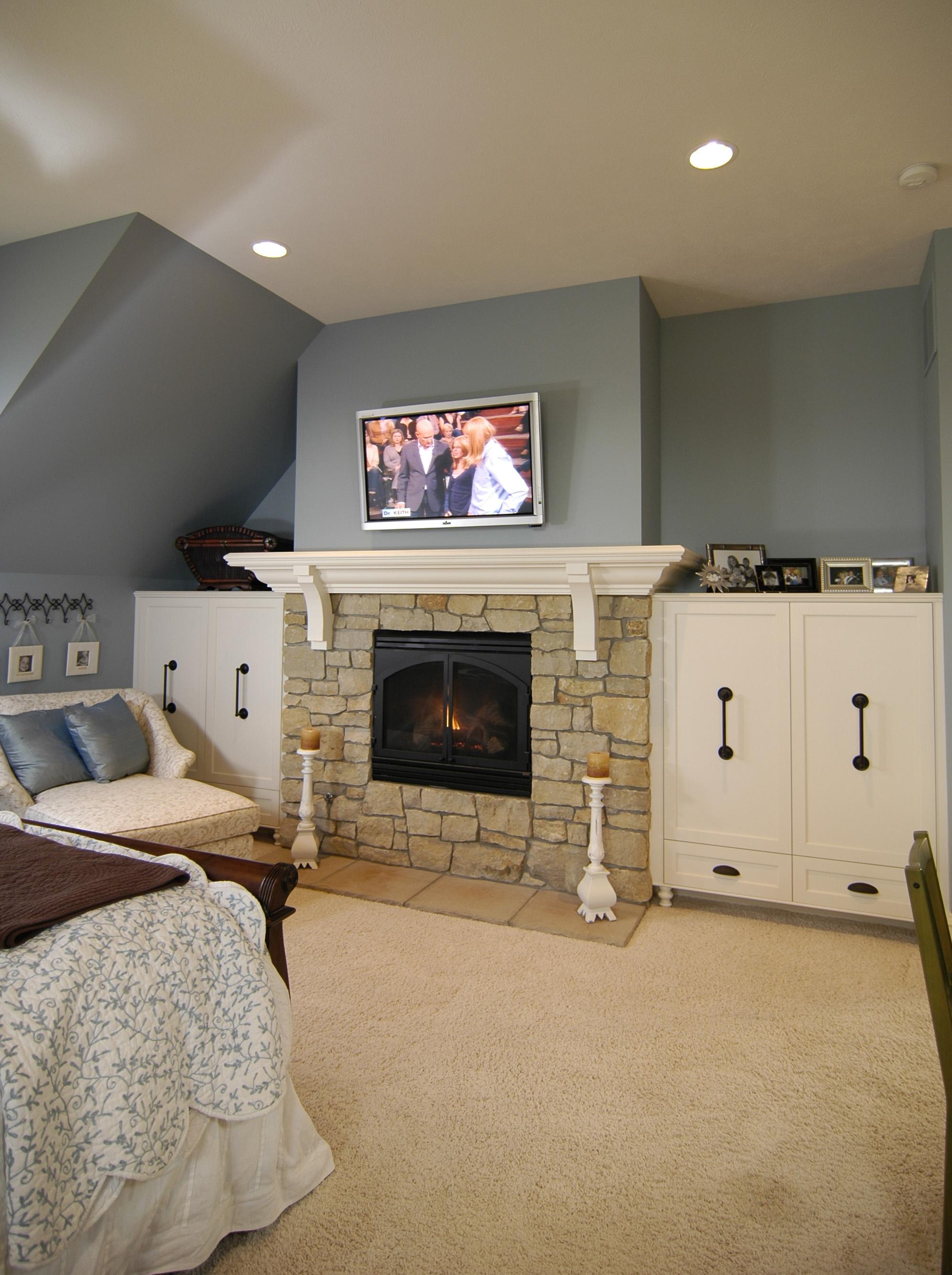 bedroom fireplace.jpg