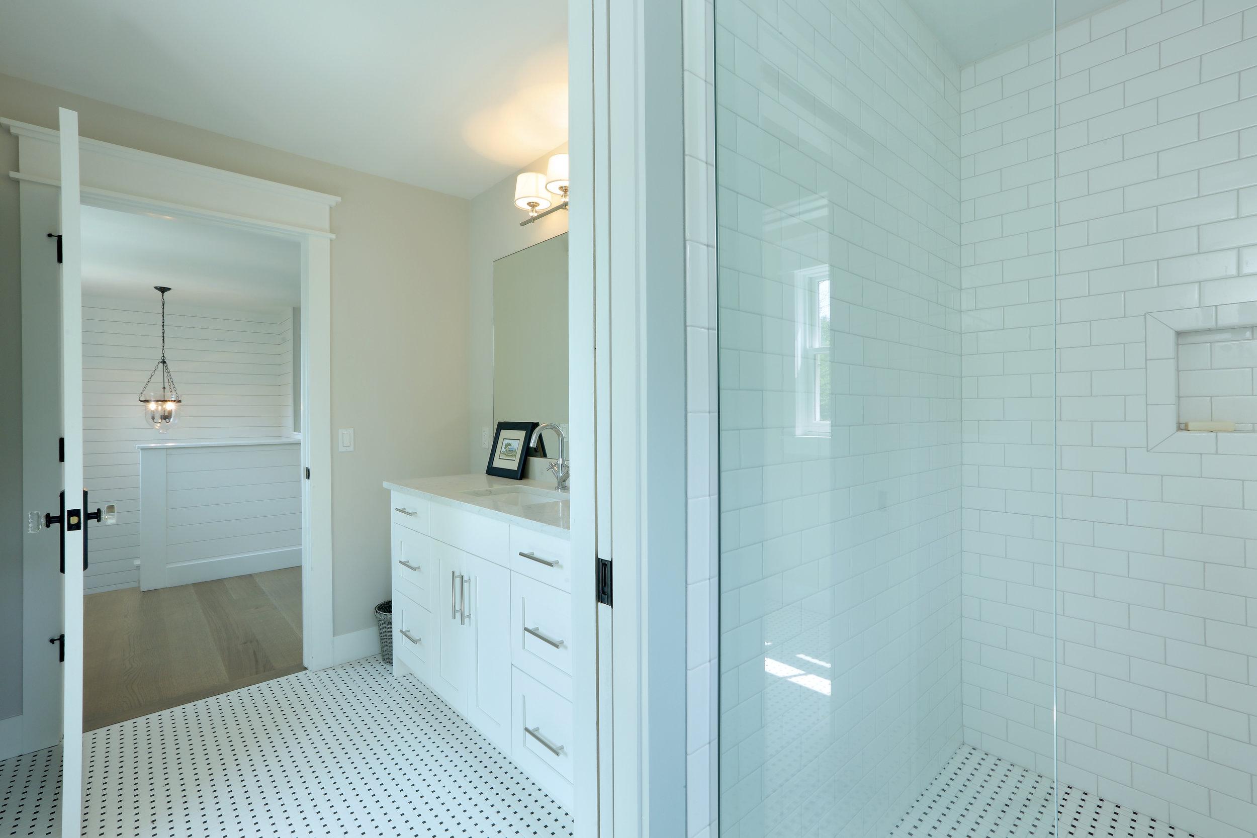 Bathroom 2 055.jpg
