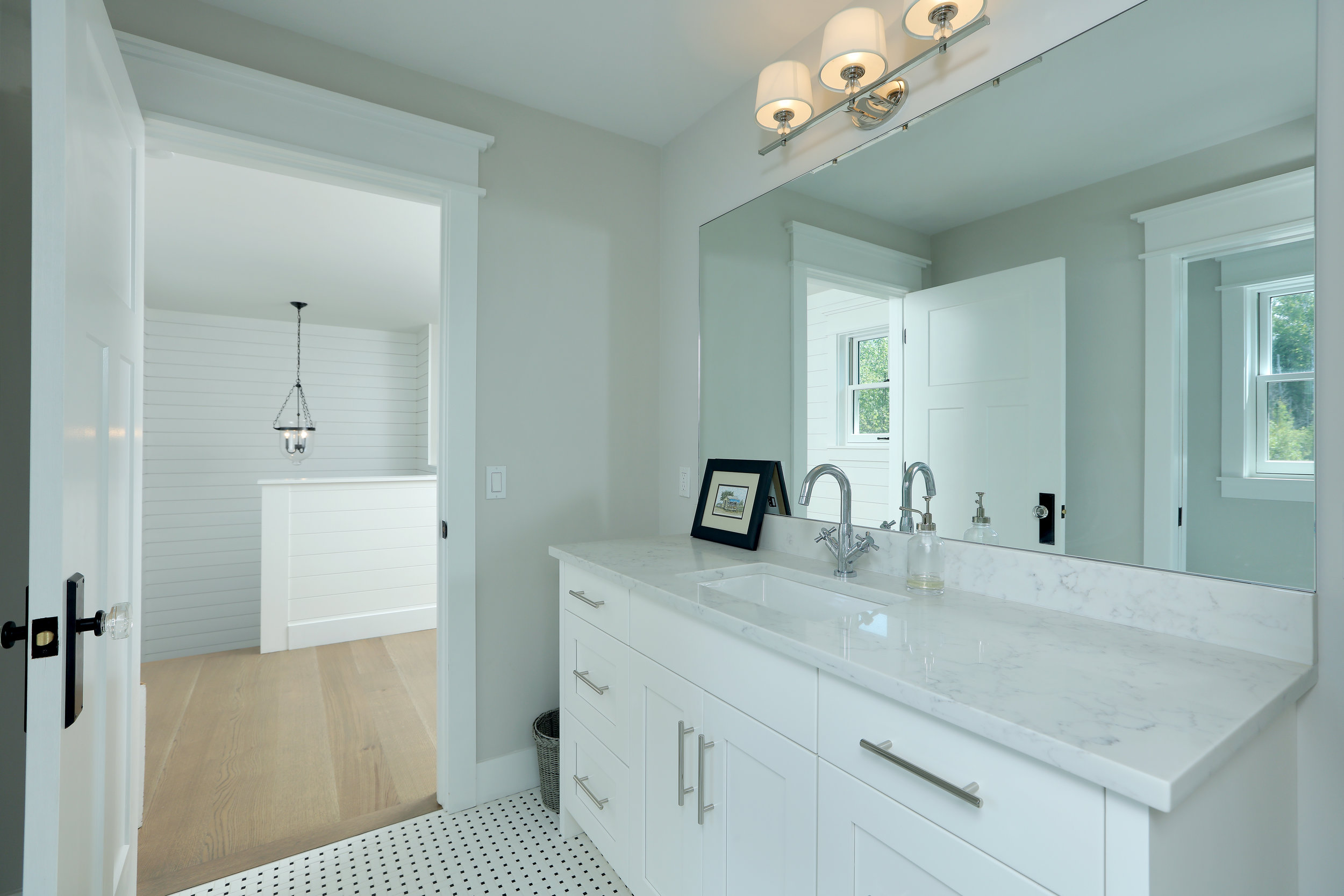 Bathroom 2 059.jpg