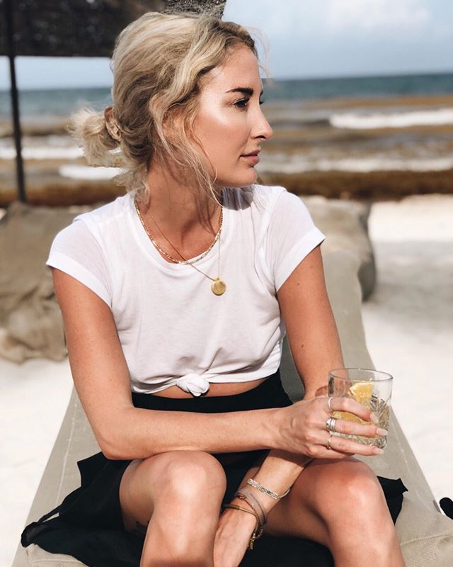 life is better on the beach with some seashell jewelry by @sugarblossomjewelry 🐚