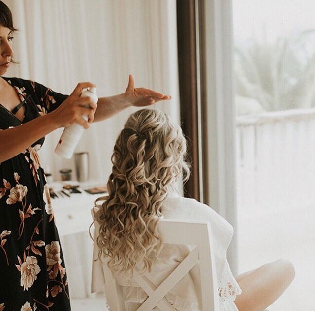 karina achieving the ultimate wedding waves on the beautiful @mrs.lindseyroseberry  hair by @karinatulum  shot by @ariele_photography