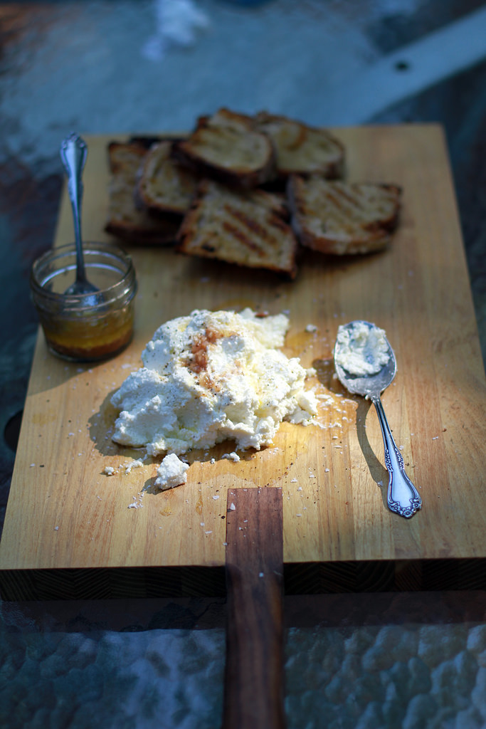 grilled-bread-ricotta.jpg