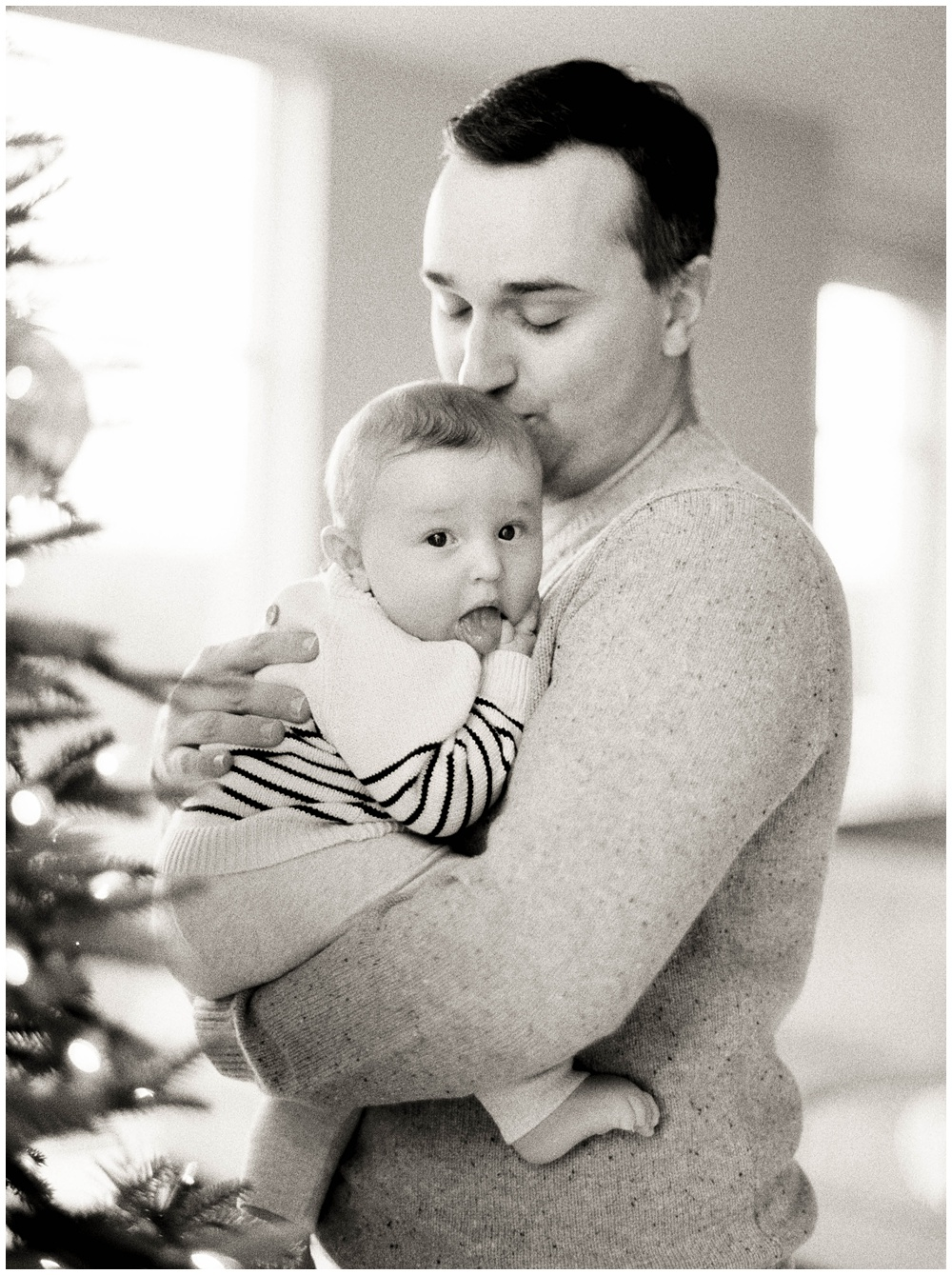 A cozy Christmas Session with the Montcalm Family | Fine Art Film Family Photographer | Seattle Family Photographer | Destination Family Photography | Sarah Carpenter Family Photography