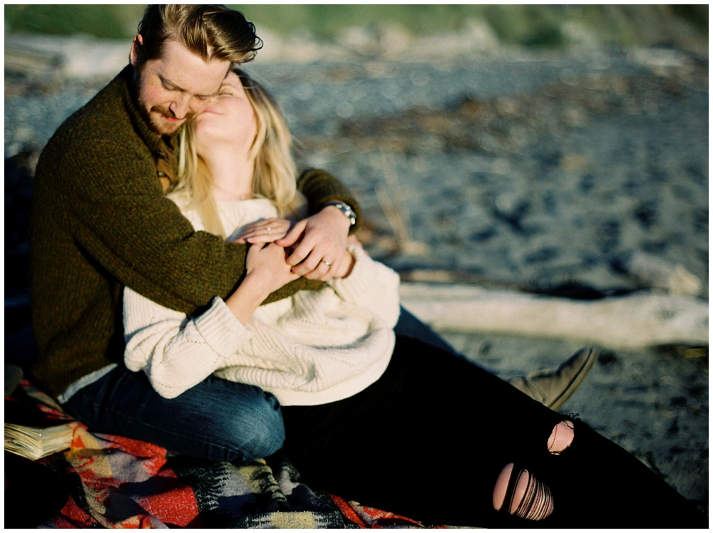 fine art portait & lifestyle Photographer | Sarah Carpenter Engagement Photography | Lifestyle Photography | Whidbey Island, Washington