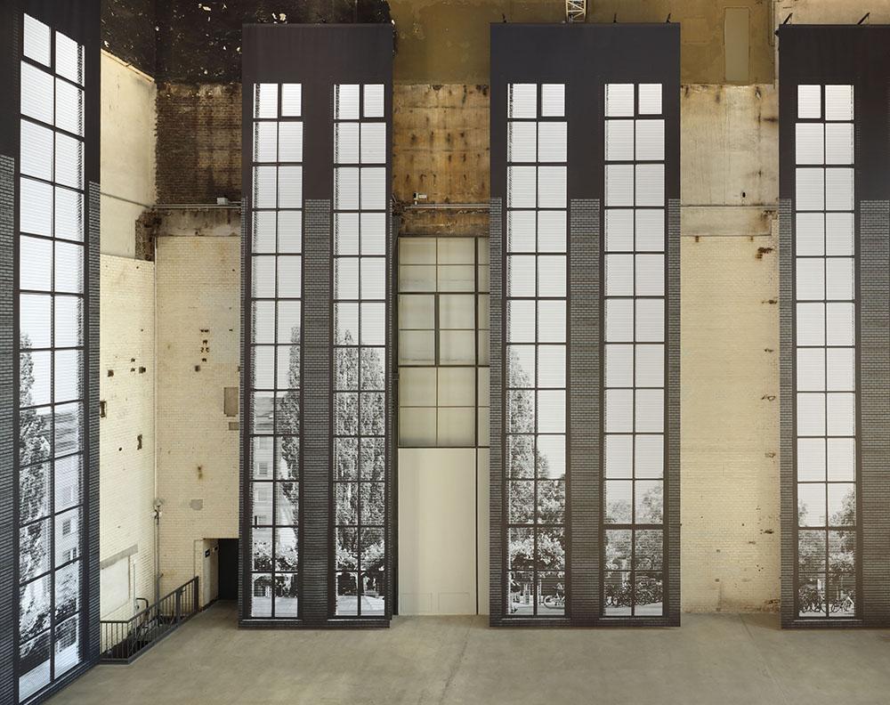 Bettina Pousttchi:  Panorama , Ausstellungsansicht KINDL – Zentrum für zeitgenössische Kunst, Foto: Jens Ziehe, 2019