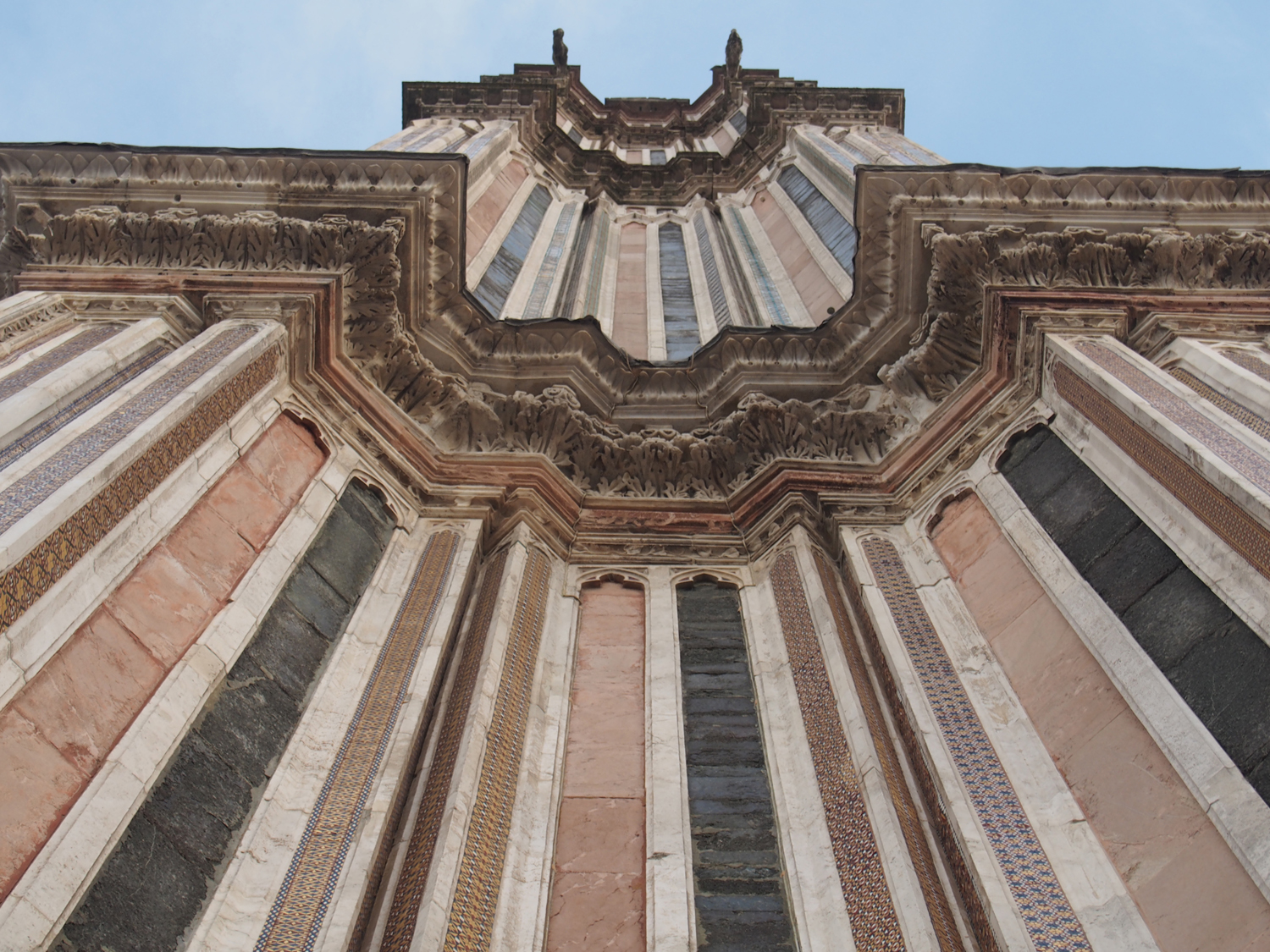 Colored stone & glittering mosaic stripes on the Orvieto Cathedral