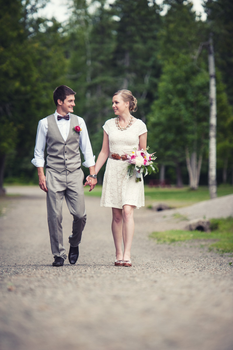 Knowing tha we would eventually be going to the local park, Erika and Daniel chose a muted colour scheme for their attire and it worked wonderfully. It really complimented their surroundings.