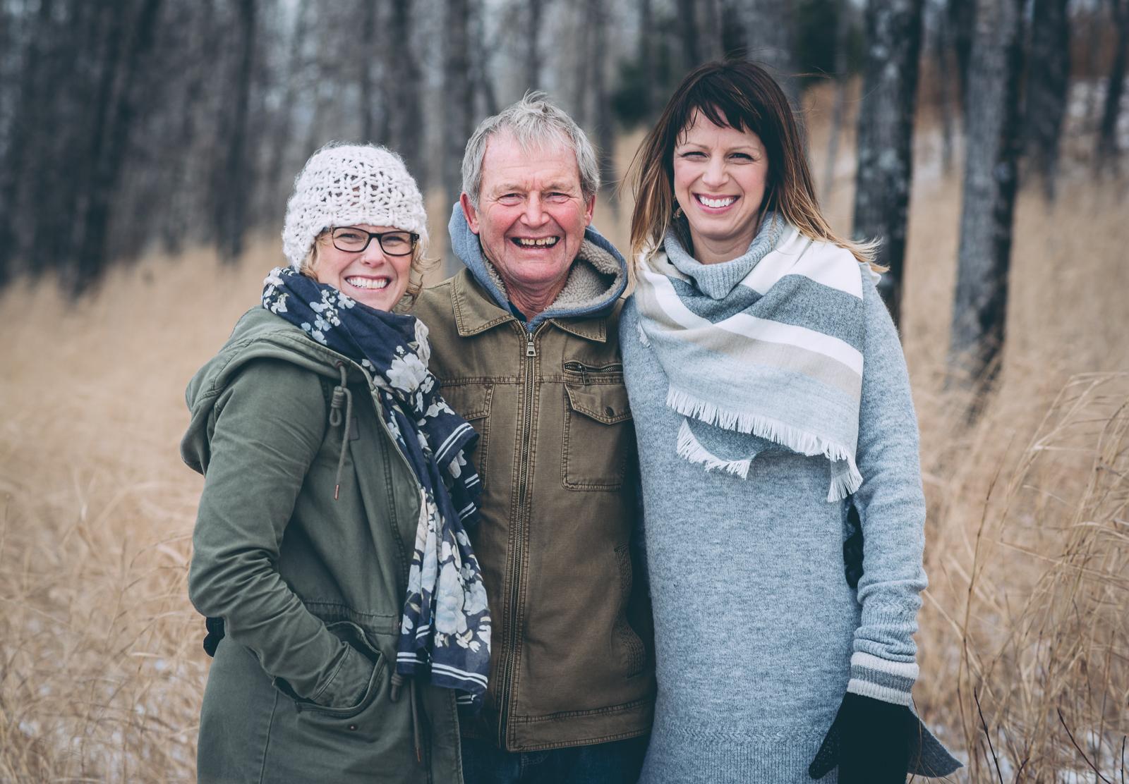 heather-family-portraits-120218-blog-15.jpg