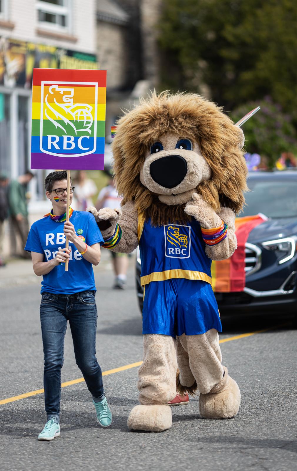pride-parade-2019-fb-81.jpg
