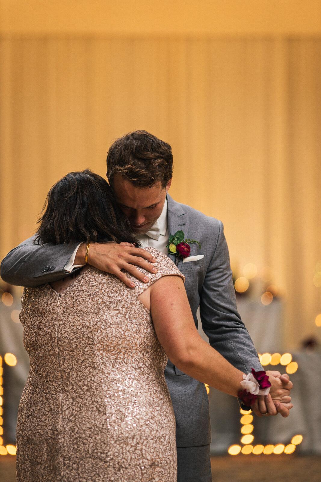 jessica-liam-wedding-blog-184.jpg