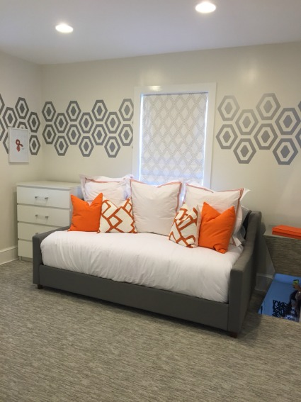 A huge thanks to Beth with Ikea Mavens for this picture of a completed guest room reno using our Geometric Honeycomb Diamond wall decals shown here in Metallic Silver.