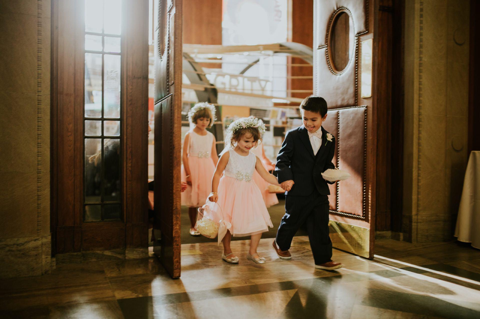 Indianapolis-Public-Library-Wedding_041.jpg