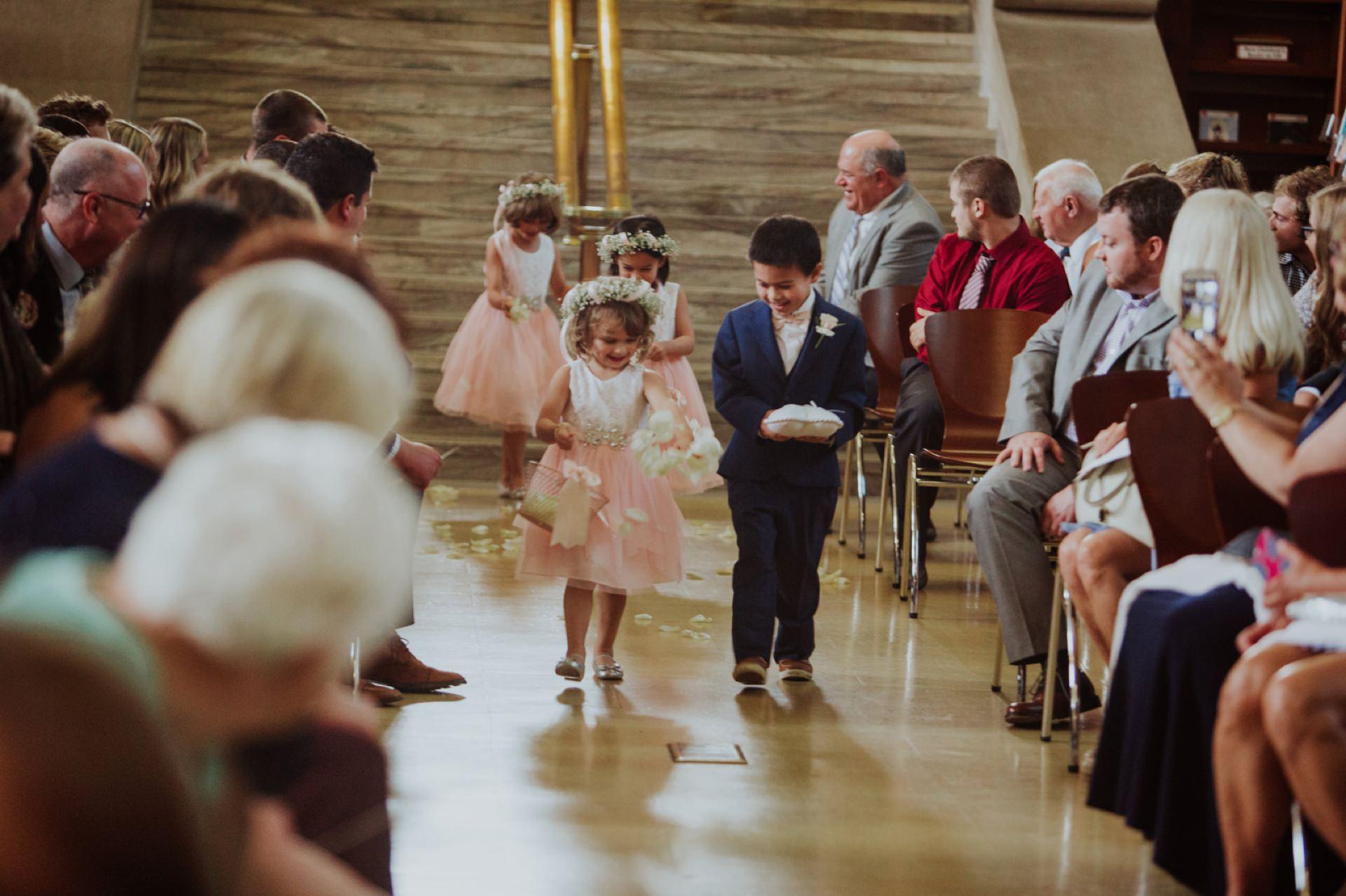 Indianapolis-Public-Library-Wedding_042.jpg
