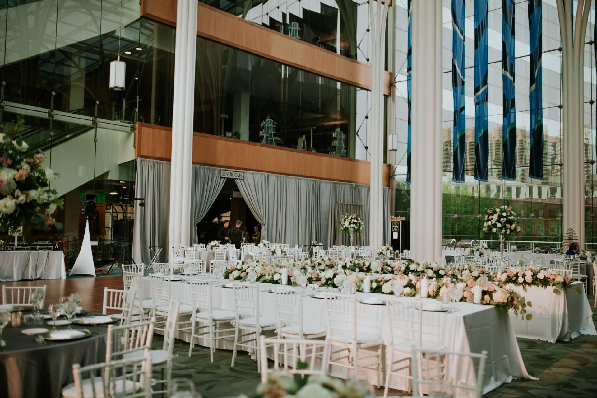 Indianapolis-Public-Library-Wedding_058.jpg