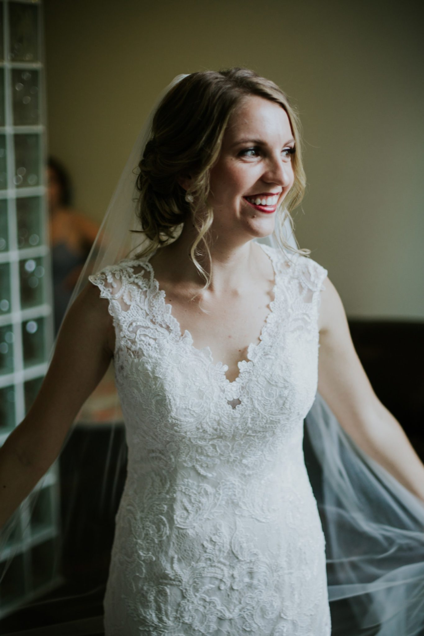 Indianapolis-Art-Center-Wedding_008.jpg