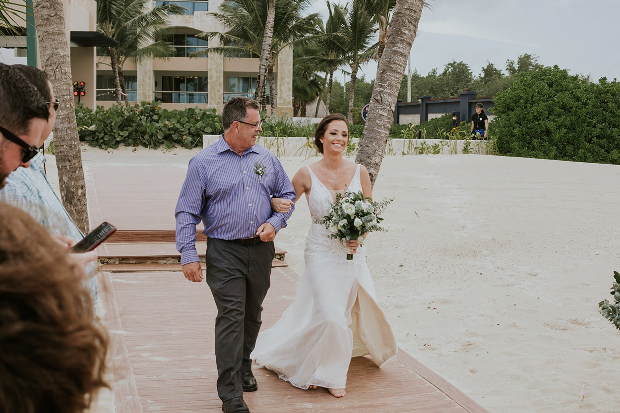 Punta_Cana_Destination_Wedding_Photography_009.jpg