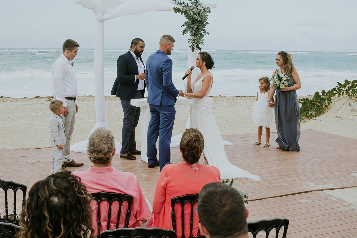 Punta_Cana_Destination_Wedding_Photography_011.jpg