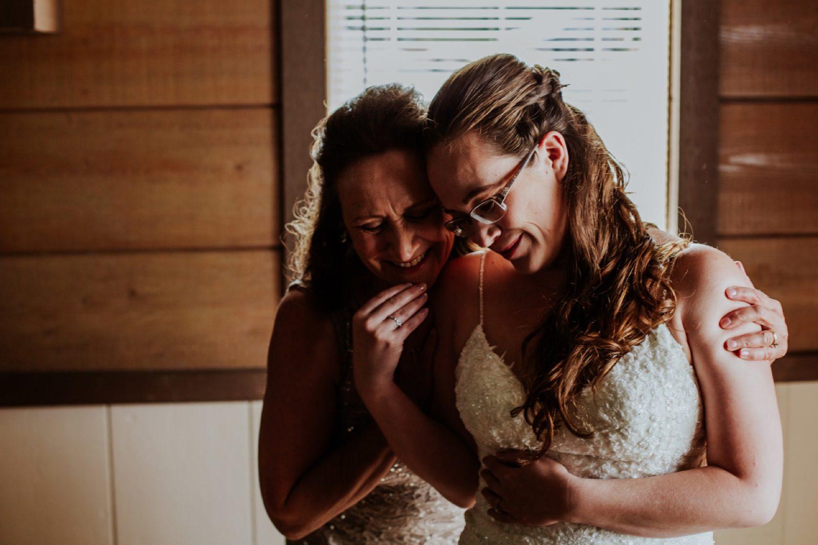 charming-willows-wedding_016-1600x1066.jpg