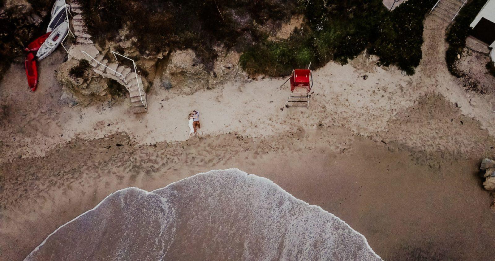 laguna-beach-engagement-photos_032-1600x843.jpg