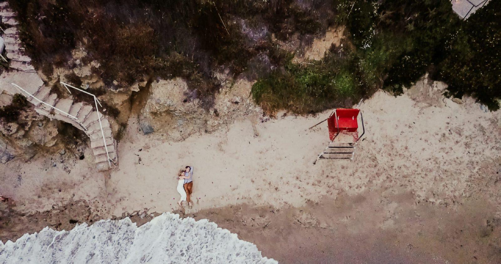 laguna-beach-engagement-photos_034-1600x843.jpg