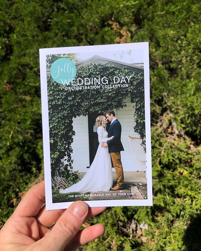 I just picked up a sweet little custom trifold I designed and copyedited alongside @jolly_events. Beside being a natural entrepreneur, Emily is one of the kindest women I know and a serious super mom 💪🏼 . Lucky for the wedding world, she and the Jolly team are now offering Day Of Orchestration!