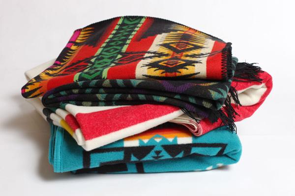 urban-outfitters-pendelton-blanket-1.jpg