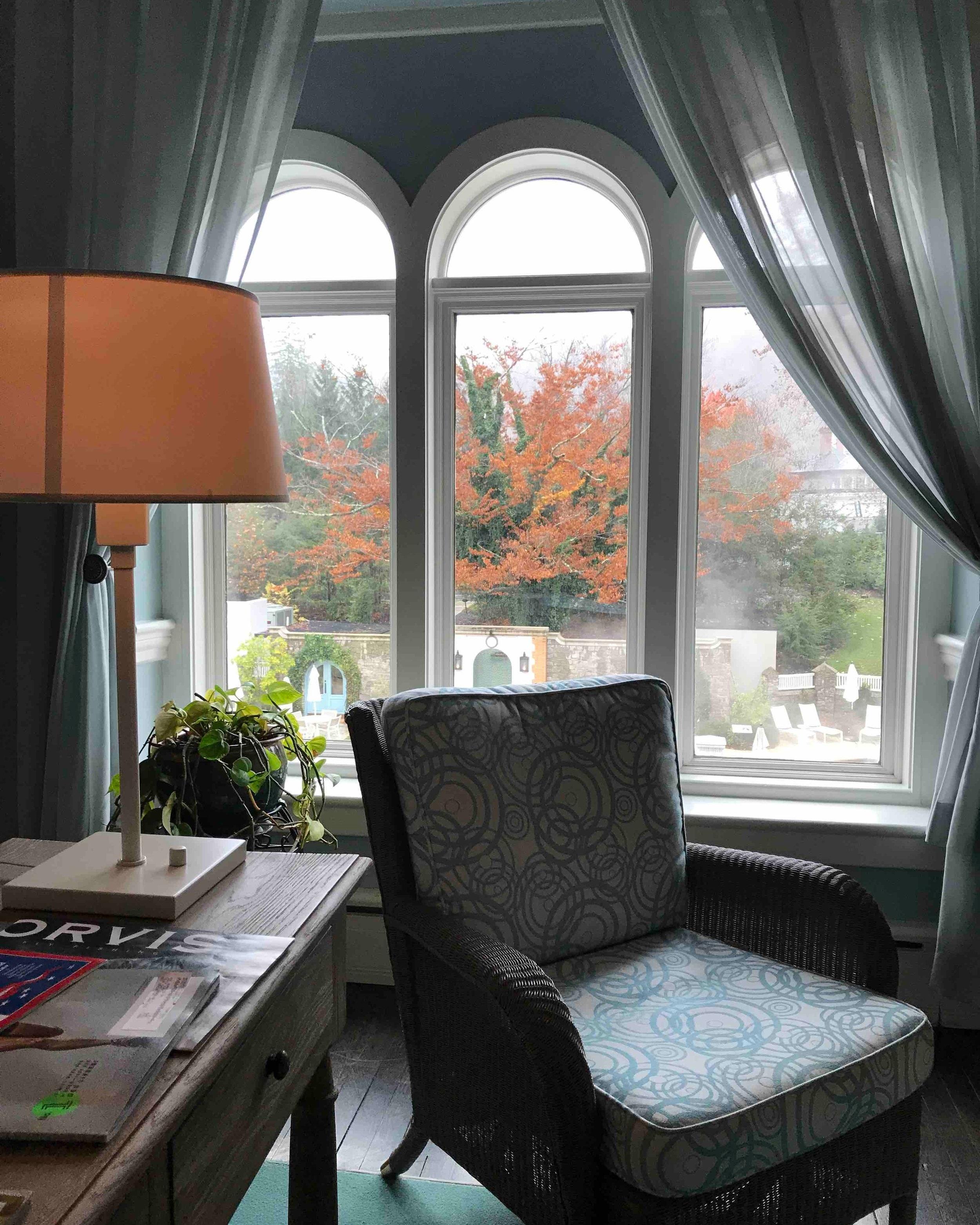 lounge+area+Omni+Homestead+Hotel