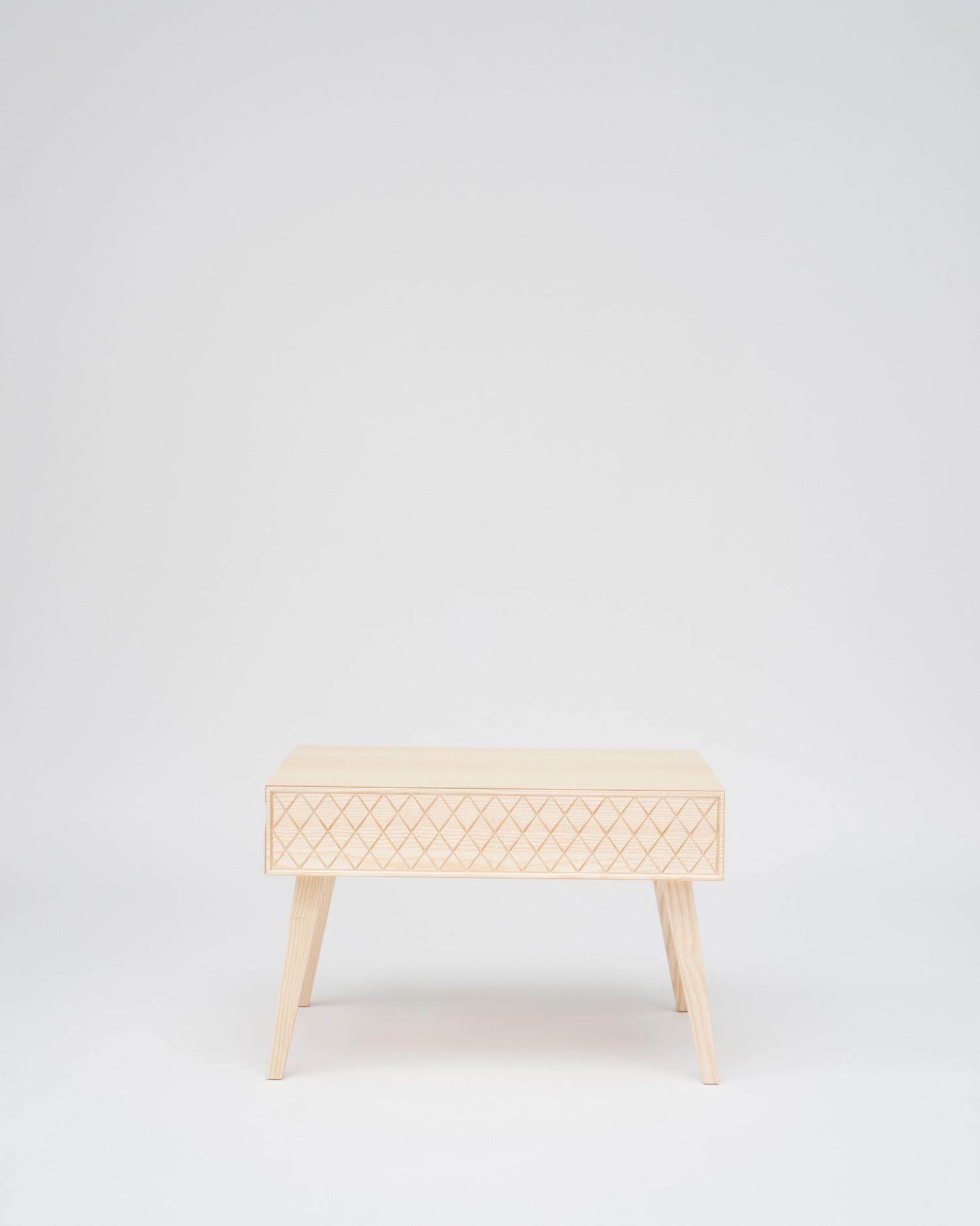 aesh_tweed_georg_oehler_table.jpg