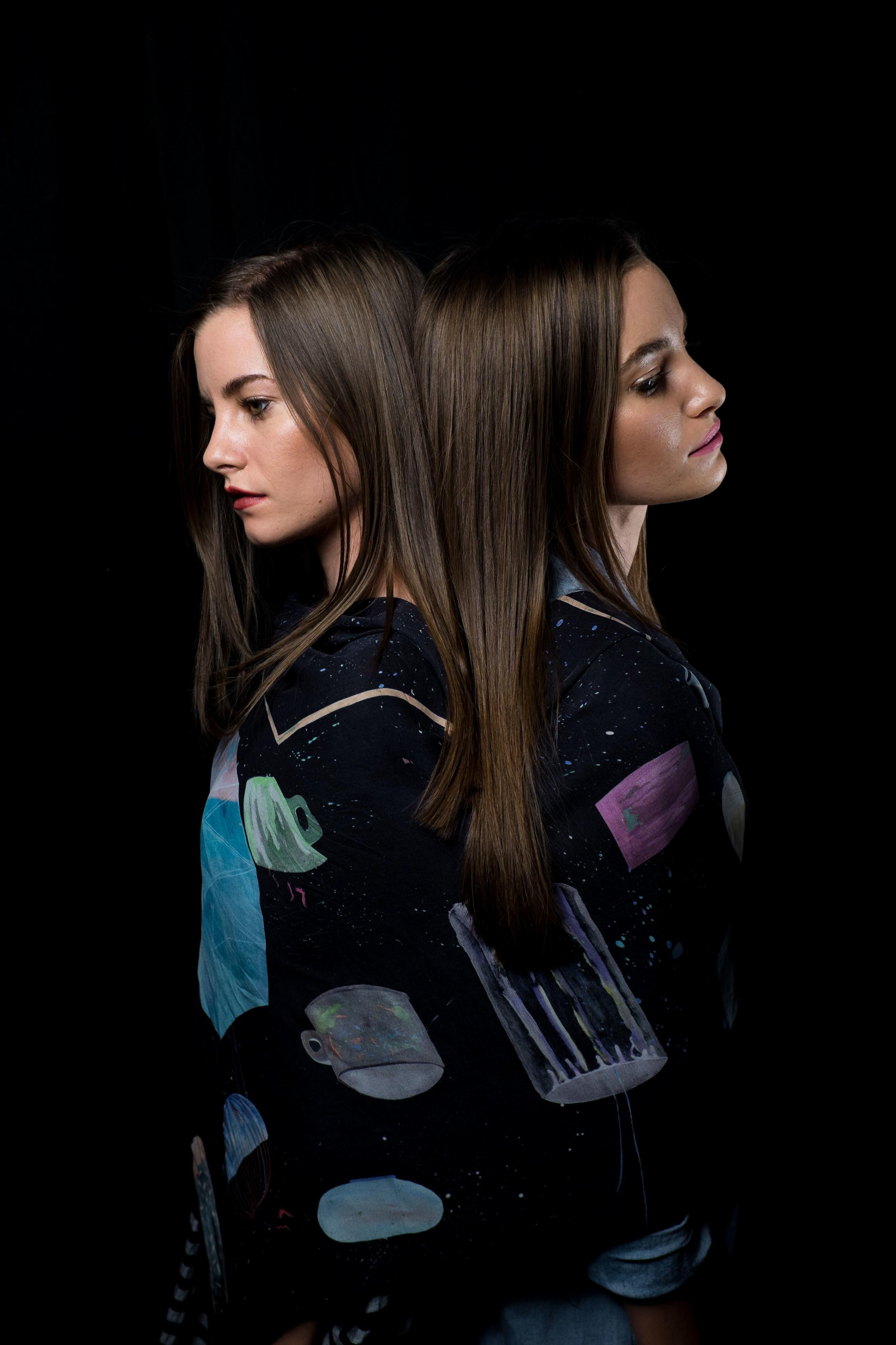 Velvet_Dust_Paracosm_Twins0001.jpg
