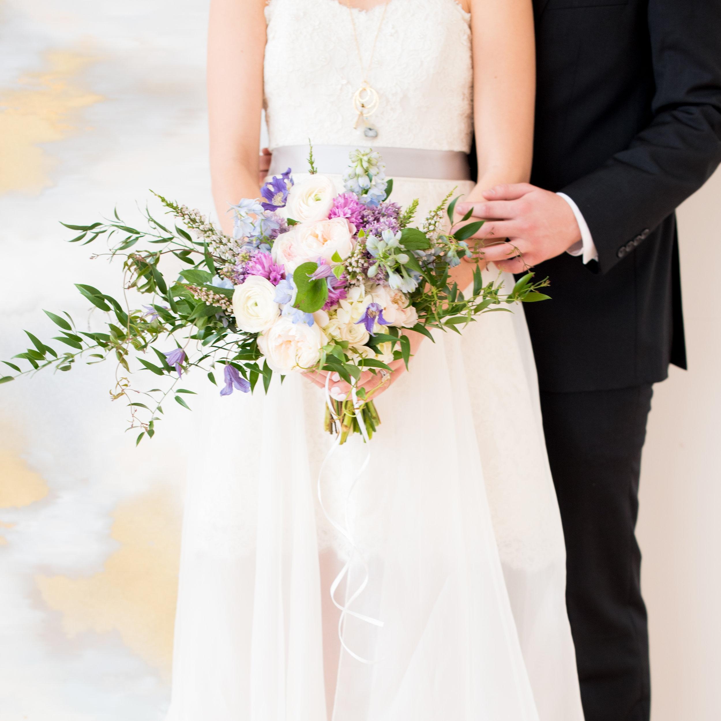 mikkelpaige-the_glassbox-raleigh_wedding-paper_crafted-032.jpg