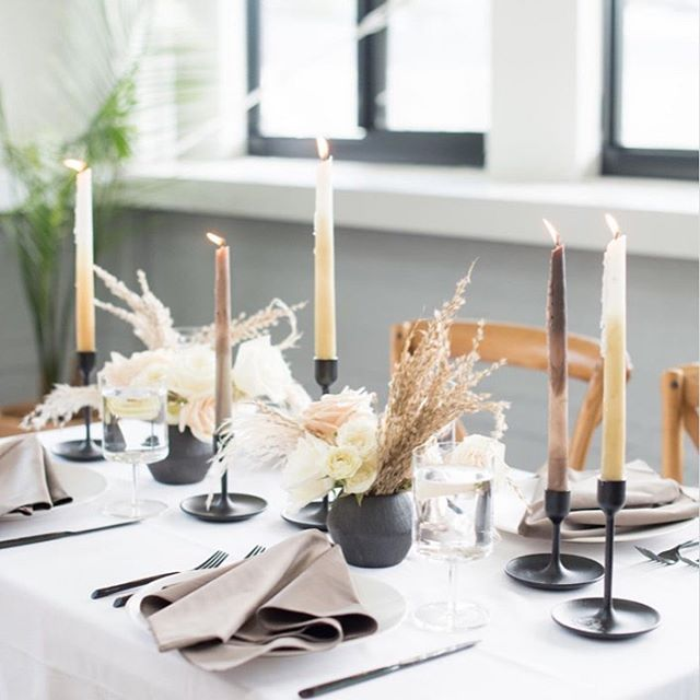 Clean and simple fall tablescape coming to you in @downtownquarterly launching soon! Photo @mikkelpaige Styling and Coordination @masondixondesignsnc