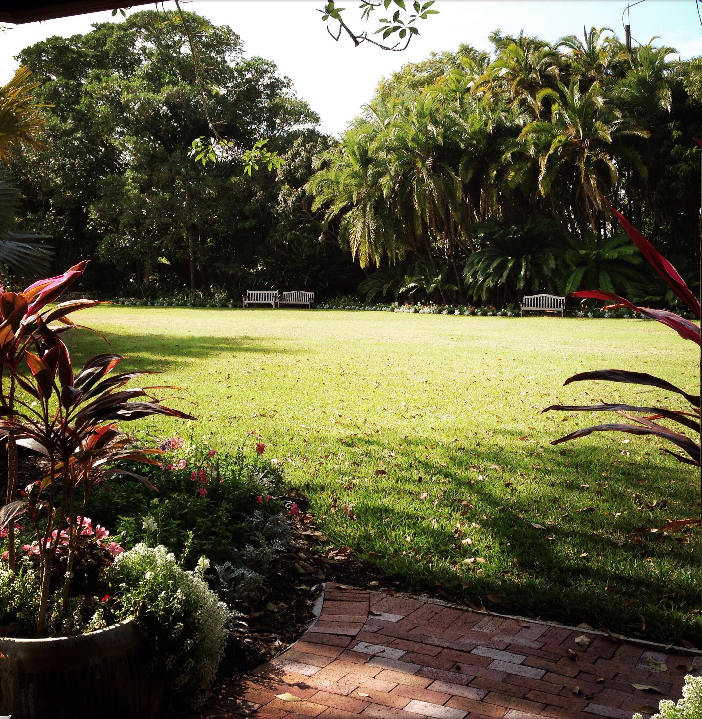 Picnic Lawn