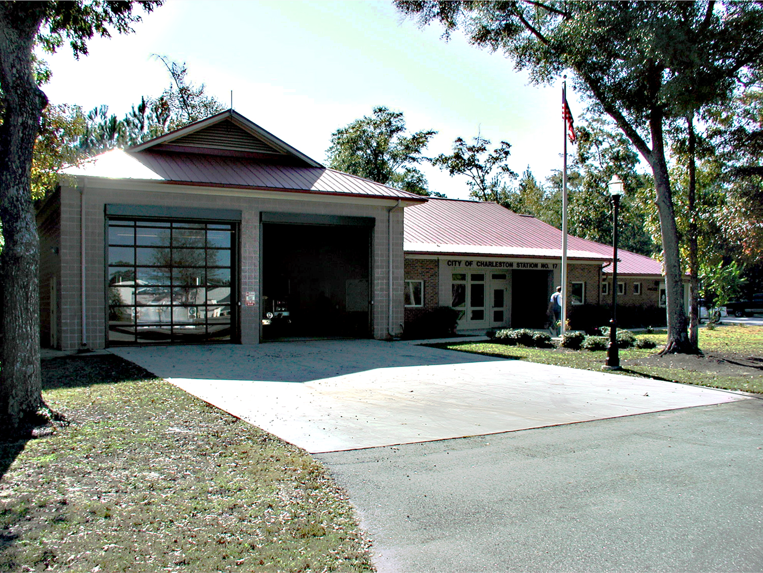 JOHNS ISLAND FIRE STATION No. 17M