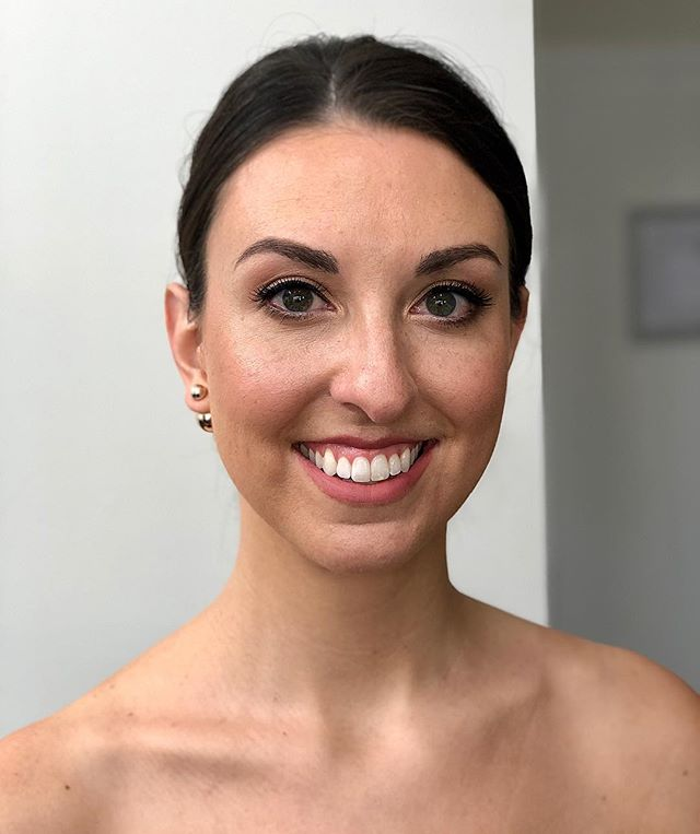 Classy and clean bridesmaid makeup. Who wouldn't want to relax and spend the morning with their favorite people while having their hair and makeup done by our pros? Well, we hear all the time that there is hesitation from members of the bridal party because they are afraid to be overly made up. Aside from perfecting the brides look, our other job is to make sure the bridal party's looks are cohesive so they compliment the bride in photos. We think this look checks off those boxes 🙌🏼 ⠀⠀ Makeup by Lyndsay #lyndsaysimonbeauty . . . . . . .  #weddingmakeup #weddinghair #boston #thebostonbride #bostonmakeupartist #isaidyes #shesaidyes #wereengaged #engaged #bostonhairstylist #bostonweddings #bostonmua #weddinginspo #bridesmaidmakeup #bridesmaidhair #theknot  #naturalmakeup  #destinationwedding  #bostonbride #updo  #weddingchicks #bridalupdo #ipreview via @preview.app