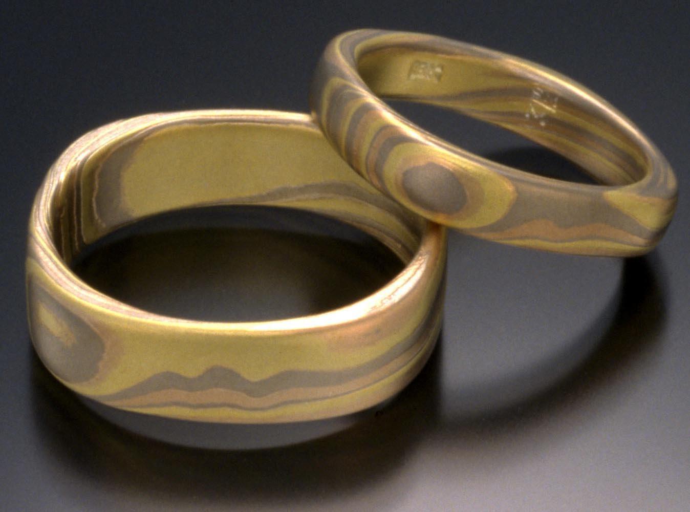 Wedding Bands by Steve Midgett. 18K yellow, white, and red gold. Photo: Ralph Gabriner.