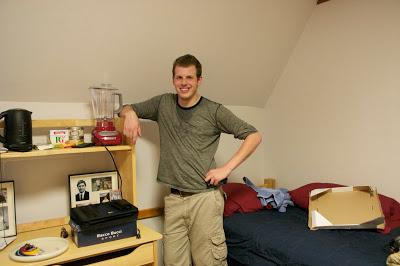 Luke%27s+Dorm+Room.jpg
