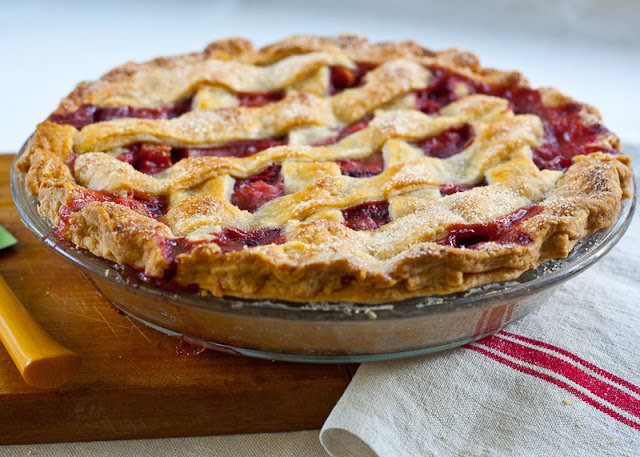 Strawberry+rhubarb+pie+LR.jpg