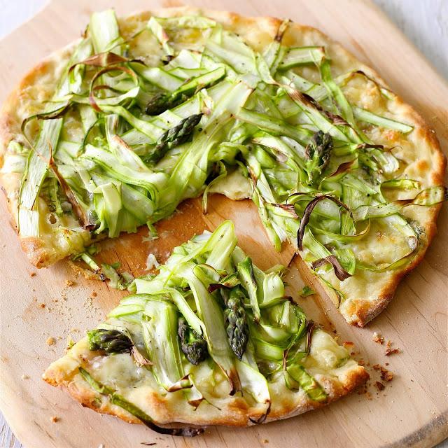 Asparagus+pizza+6.jpg